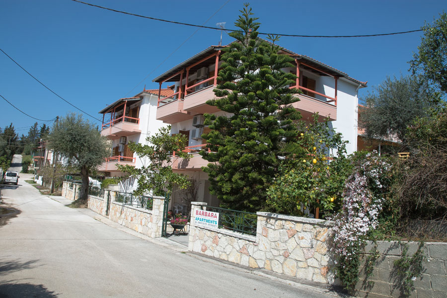 rooms to let sivota